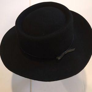 Jeff & Amy Sunday Hat